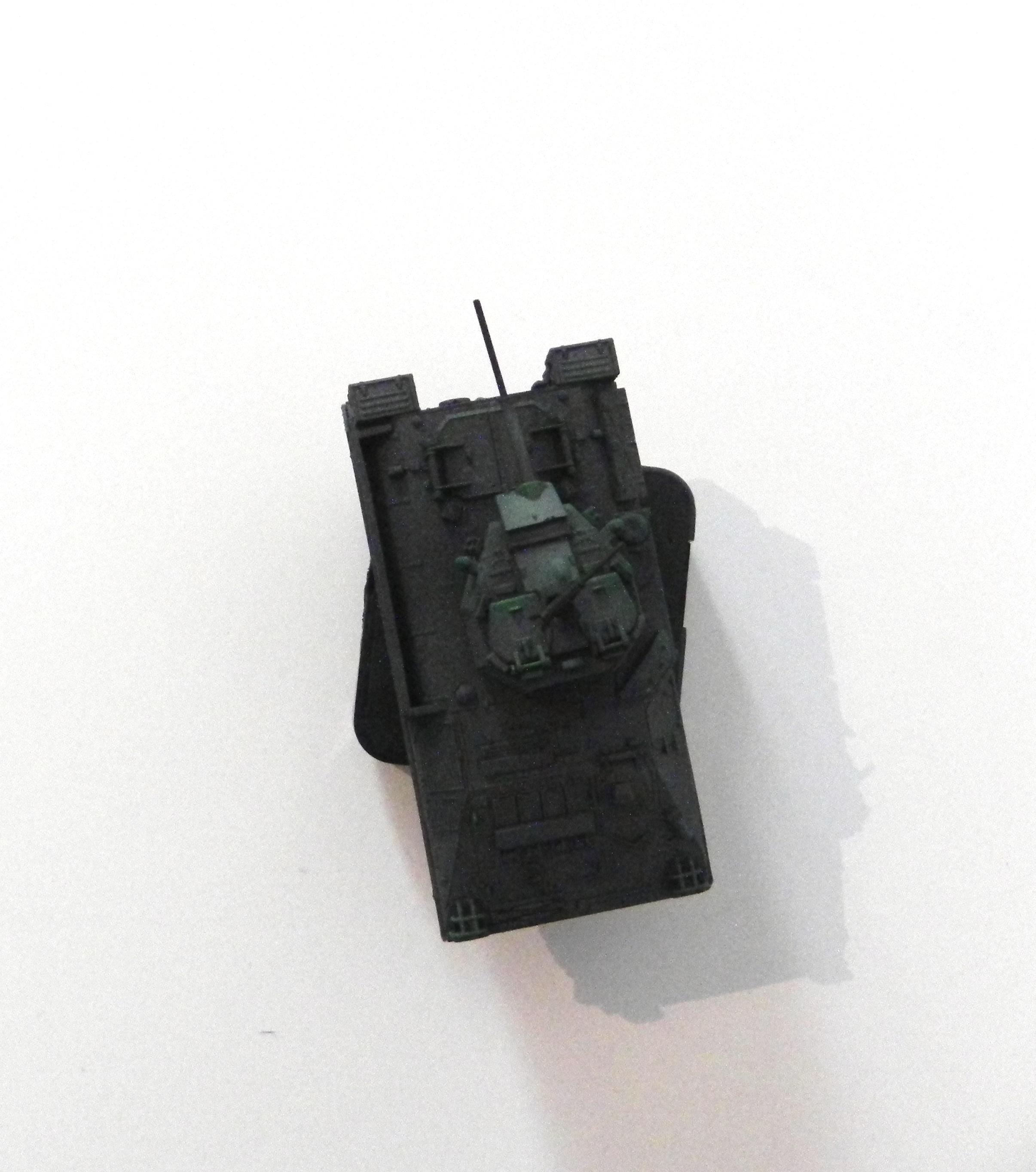 Le tank y passe - 2016 Uurwerkmechanisme en maquette 6 x 10 x 10 cm