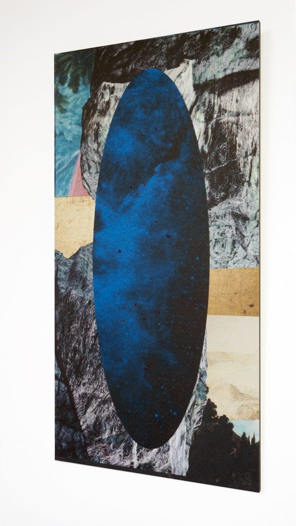 Galactic Ripple II - 2017  digital collage, inkjetprint on paper, gold en blue ink  31 x 62 cm   Interesse? Contacteer ons