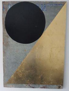 O.D.B. #2 - 2017 - lakverf, bladgoud op gegalvaniseerd staal  48 x 69 cm Interesse? Contacteer ons