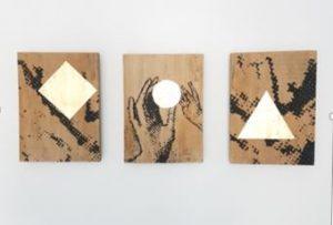 Triptich #1 (Memling) - 2017 - acryl, bladgoud op paneel  3 x 21 x 29 cm Interesse? Contacteer ons
