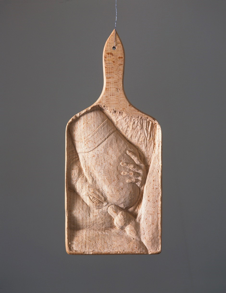 Untitled, carved cutting board (Nr 8) - 1997  wood carving10 x 28 cm  Interesse? Contacteer ons