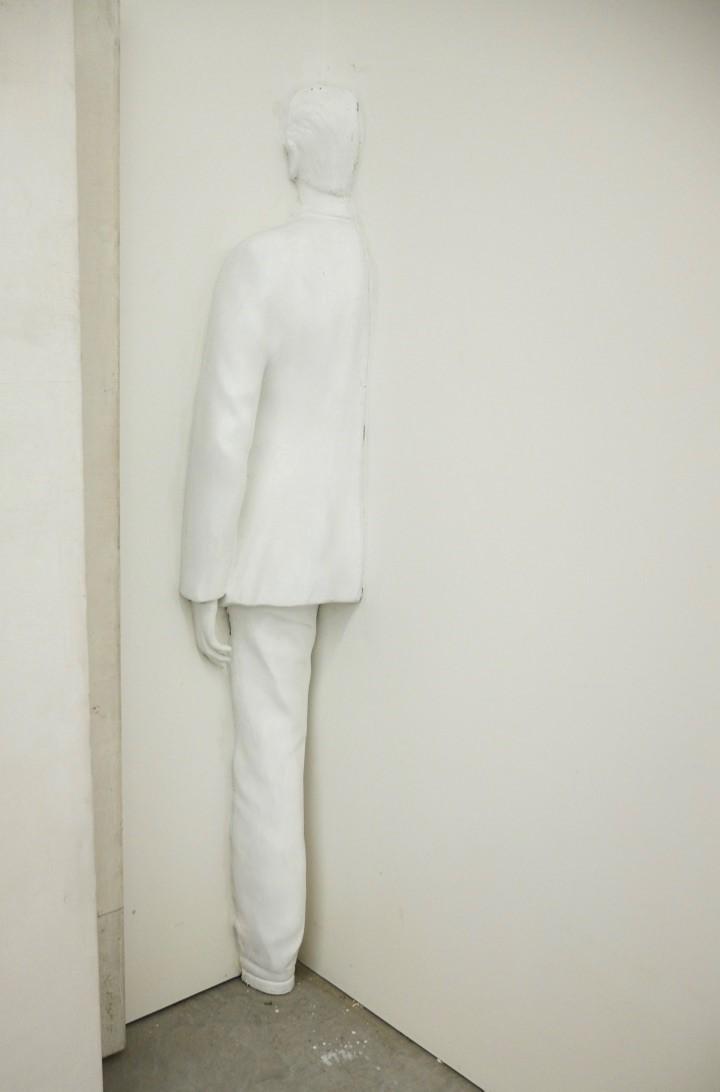 De zielenkamer - 2014  polyester lifesizeInteresse? Contacteer ons