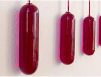 Fluctuating Wall Piece- 2018 geblazen glas, gekleurde alcohol 160 cm ed 4 +  2 APInteresse? Contacteer ons