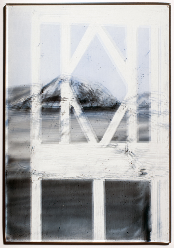 Pyramiden in A Villa  II- 2014  emaille burnt on glass  34 x 23.5 cm